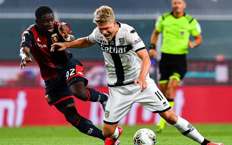Soi kèo Parma vs Genoa lúc 2h45 ngày 20/3/2021
