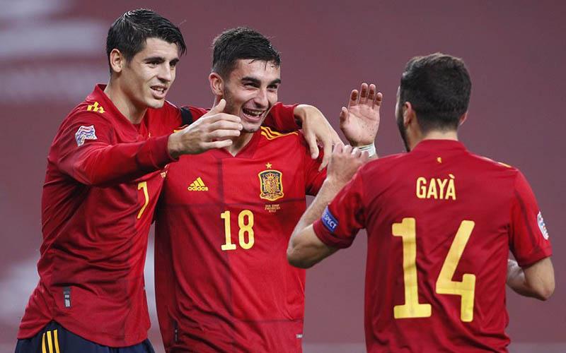 Soi kèo Tây Ban Nha vs Hy Lạp lúc 2h45 ngày 26/3/2021