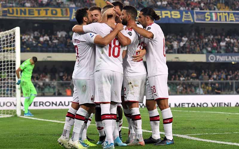 Soi kèo Verona vs Milan lúc 21h00 ngày 7/3/2021