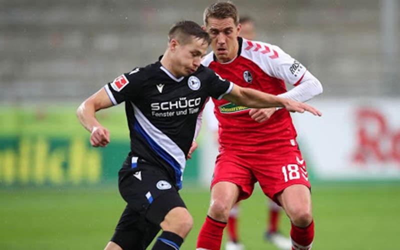 Soi kèo Bielefeld vs Freiburg lúc 1h30 ngày 10/4/2021