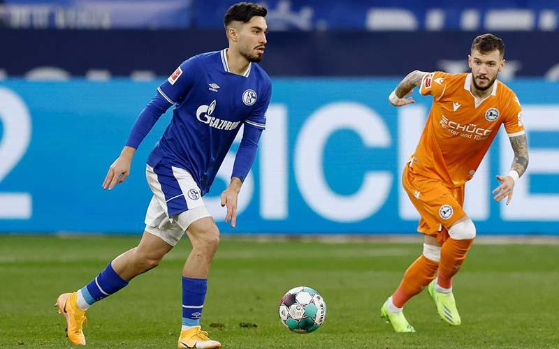 Soi kèo Bielefeld vs Schalke lúc 1h30 ngày 21/4/2021