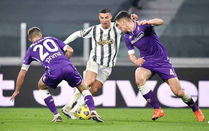 Soi kèo Fiorentina vs Juventus lúc 20h00 ngày 25/4/2021