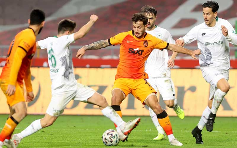 Soi kèo Galatasaray vs Konyaspor lúc 0h30 ngày 29/4/2021