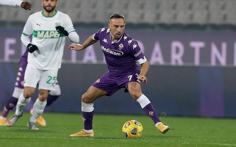 Soi kèo Sassuolo vs Fiorentina lúc 22h59 ngày 17/4/2021