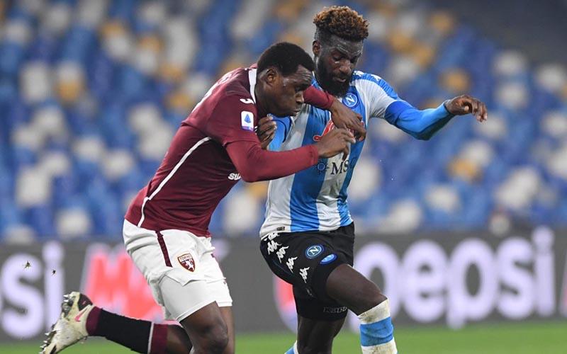 Soi kèo Torino vs Napoli lúc 23h30 ngày 26/4/2021