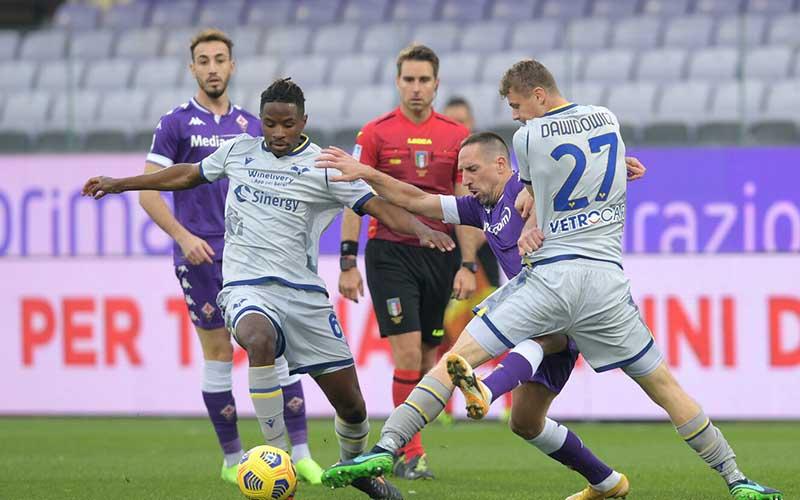 Soi kèo Verona vs Fiorentina lúc 1h45 ngày 21/4/2021