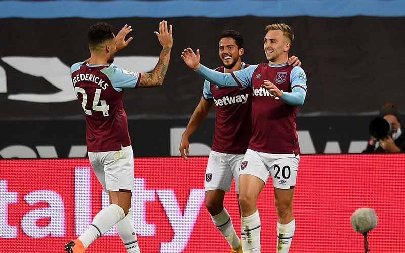 Soi kèo Wolves vs West Ham lúc 2h15 ngày 6/4/2021
