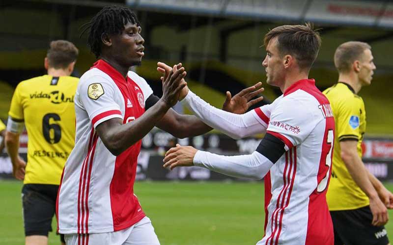 Soi kèo Ajax vs Venlo lúc 19h30 ngày 13/5/2021