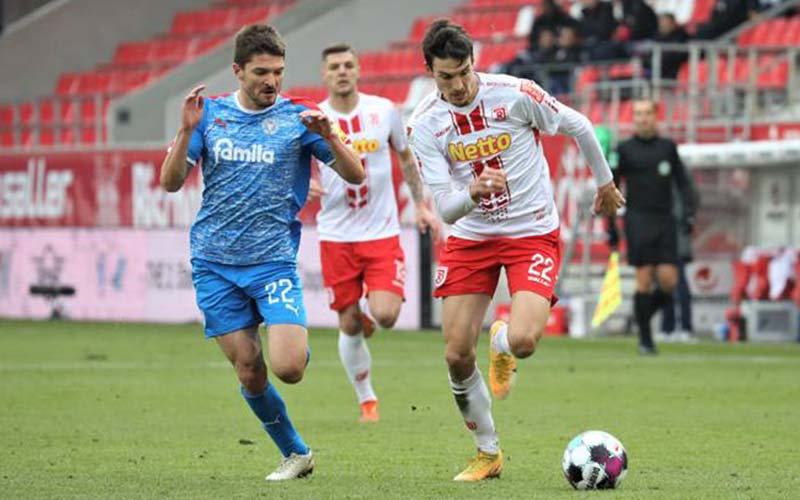 Soi kèo Holstein Kiel vs Hannover lúc 23h00 ngày 10/5/2021
