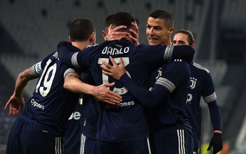 Soi kèo Sassuolo vs Juventus lúc 1h45 ngày 13/5/2021
