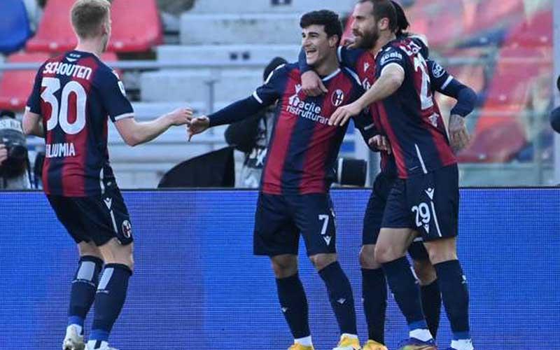 Soi kèo Verona vs Bologna lúc 1h45 ngày 18/5/2021