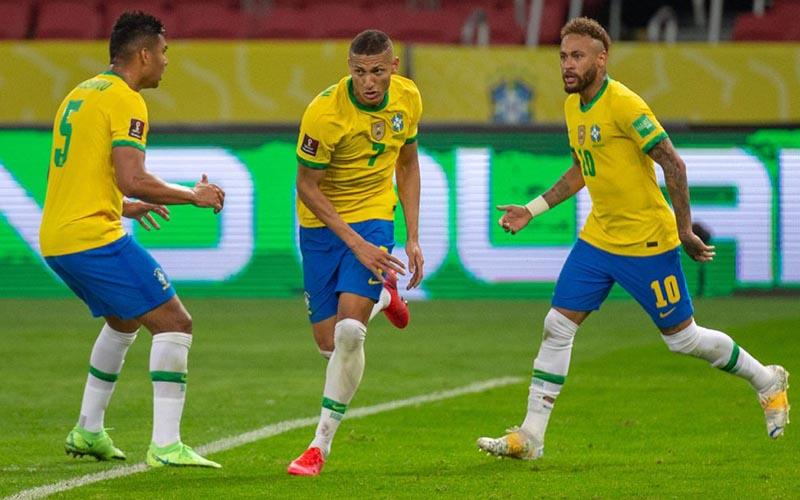Soi kèo Brazil vs Ecuador lúc 4h00 ngày 28/6/2021