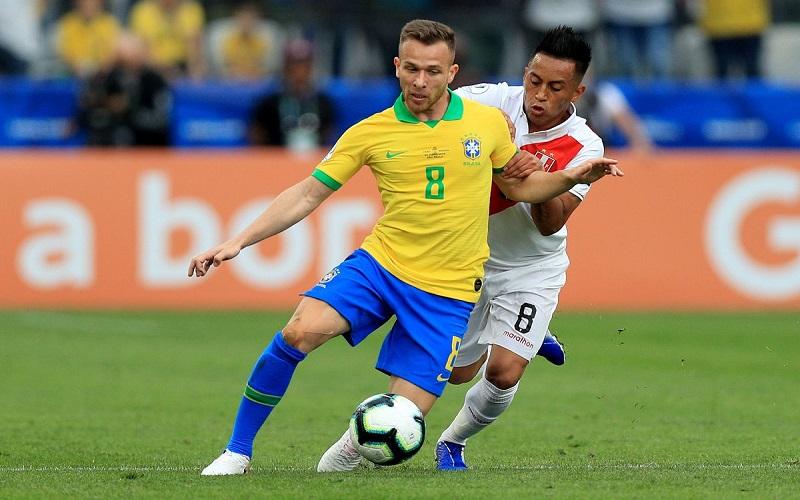 Soi kèo Brazil vs Peru lúc 07h00 ngày 18/6/2021