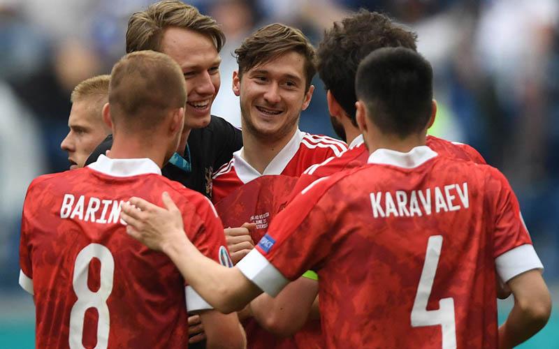 Soi kèo Nga vs Đan Mạch lúc 2h00 ngày 22/6/2021