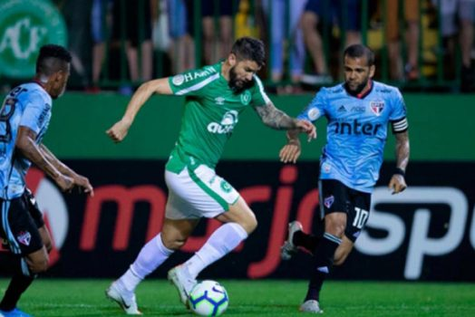 Soi kèo Sao Paulo vs Chapecoense lúc 5h00 ngày 17/6/2021