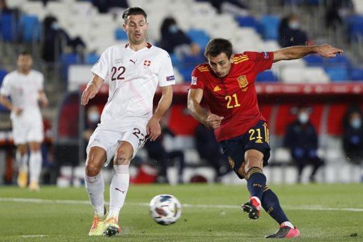 Soi kèo Thuỵ Sĩ vs Tây Ban Nha lúc 23h00 ngày 2/7/2021