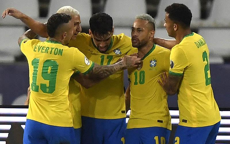 Soi kèo Brazil vs Argentina lúc 7h00 ngày 11/7/2021