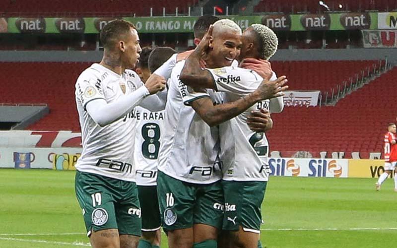 Soi kèo Recife vs Palmeiras lúc 2h00 ngày 5/7/2021