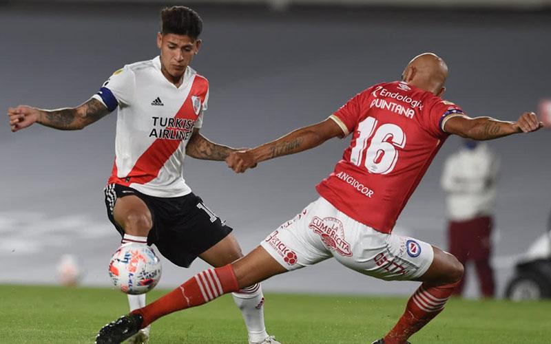 Soi kèo River Plate vs Argentinos Juniors lúc 7h30 ngày 15/7/2021