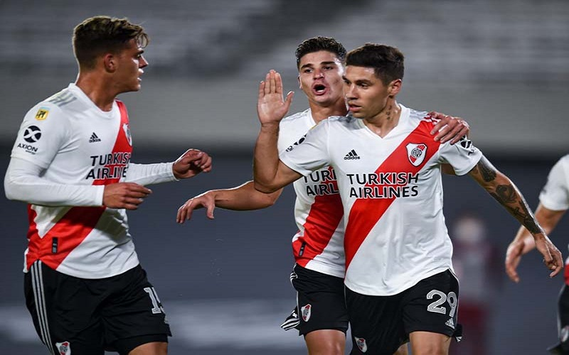 Soi kèo River Plate vs Colon lúc 04h00 ngày 19/7/2021
