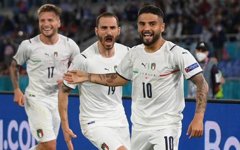 Soi kèo Ý vs Tây Ban Nha lúc 2h00 ngày 7/7/2021