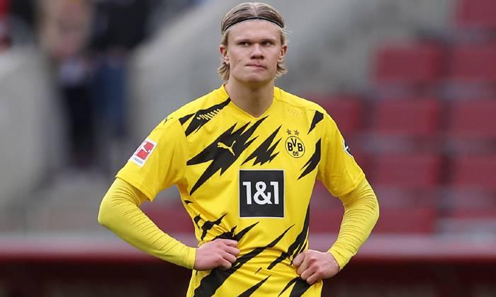 Soi kèo Dortmund vs Frankfurt lúc 23h30 ngày 14/08/2021