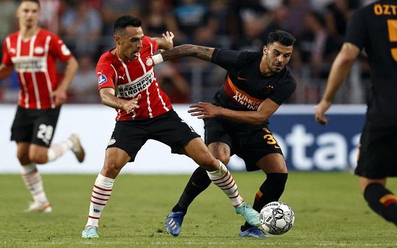 Soi kèo Midtjylland vs PSV lúc 01h00 ngày 11/8/2021