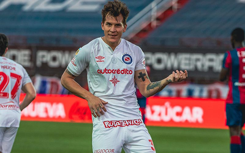 Soi kèo Santa Fe vs Argentinos Juniors lúc 0h30 ngày 31/8/2021