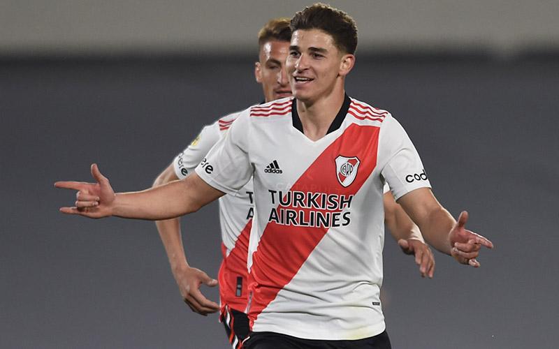 Soi kèo Sarmiento vs River Plate lúc 5h00 ngày 31/8/2021