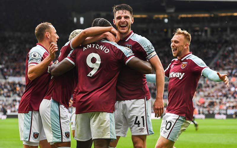 Soi kèo West Ham vs Leicester lúc 2h00 ngày 24/8/2021