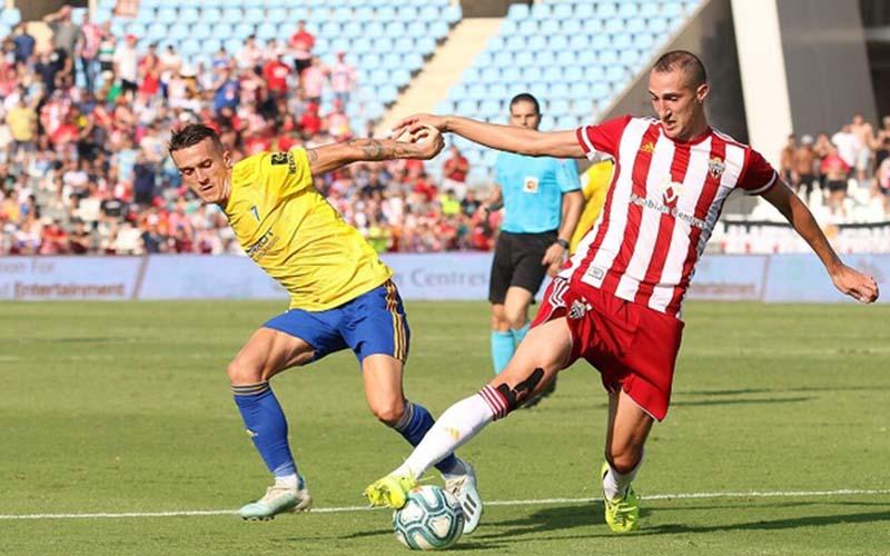 Soi kèo Girona vs Gijon lúc 2h00 ngày 4/9/2021